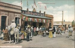 Mexico - Escenas populares [Popular scenes] - A group of Mexicans in front of a market Postcard