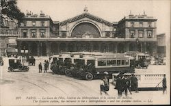 Paris - The Eastern station, the enrtrance to the Metropolitan and the Autobus Station