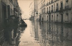 The Great Flood of the Seine River, 1910