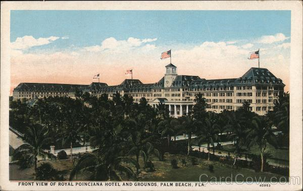Front View of Royal Poinciana Hotel and Grounds Palm Beach Florida