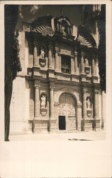 Facade of Templo del Oratorio de San Felipe Neri San Miguel de Allende GT Mexico