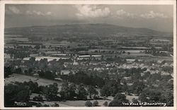 The Vale of Broadway Postcard