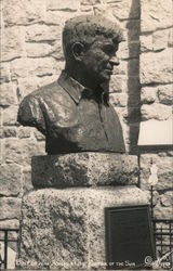 Bust of Will Rogers, Shrine of the Sun