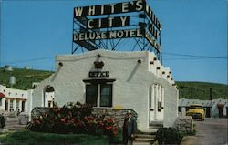 White's City Deluxe Motel Postcard