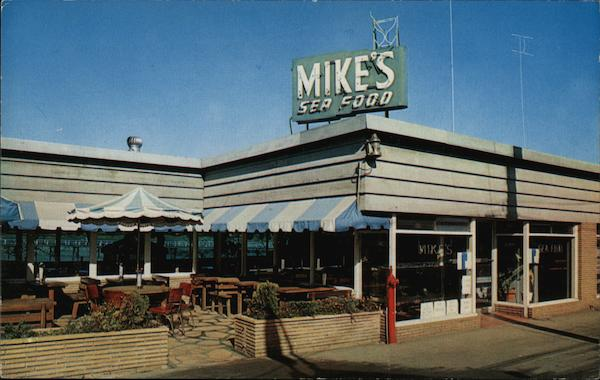Mike's Sea Food Restaurant and Cocktail Bar Monterey California