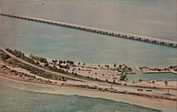 Bahia Honda State Park Atlantic Ocean, Gulf of Mexico, Florida Keys Postcard
