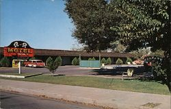 Gene's R and R Motel Postcard