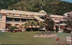 Main Entrance of Repulse Bay Hotel and Front Garden Postcard