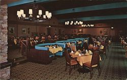 """Welkome Inn"" Restaurant at Lawrence Welk's Country Club Village Postcard"