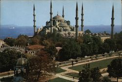 Blue Mosque and German Fountain, Sultanahmet Square Postcard