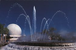 Epcot. Fountain and geosphere Postcard