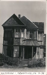 Victorian style house in Mendocino, Califonia, 1978 Postcard