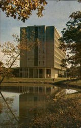 Olson Residence Hall, Western Illinoid University
