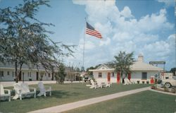 Warren's Motel & Restaurant Postcard
