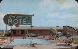 Goldenrod Motel - Pool Scene Postcard
