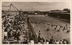 New Bathing Pool, East Parade Postcard