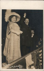 Luisa Tetrazzini and Mayor McCarthy Postcard