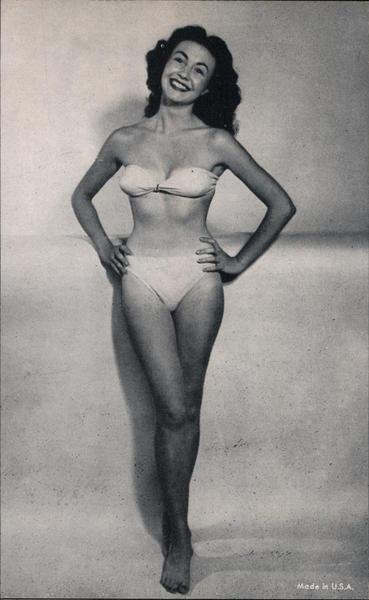 Actress or Model in Bikini Actresses