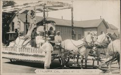 Petaluma, Cal., July 4th Parade, Fraternal Brothers Lodge No. 127 Postcard