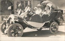 Car Decorated for Parade, July 4, 1917 Postcard