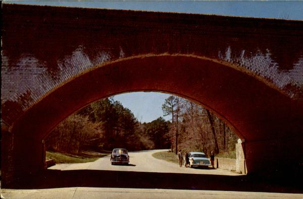 Colonial National Parkway Scenic Virginia