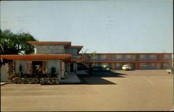 Top's Motel, 901 South Palm