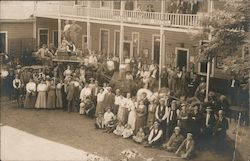 Stagecoach & Crowd at Adams Springs Hotel
