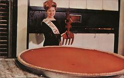 See the big pie at the Circleville, Ohio Pumpkin Show Postcard