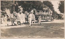 School Queen 1910 - Parade Postcard