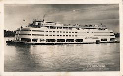 World's Largest, Finest Excursion Steamer S.S. Admiral on the Mississippi at St. Louiis Postcard
