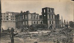 Streetcar in front of a ruined school building, San Francisco earthquake 1906 Original Photograph