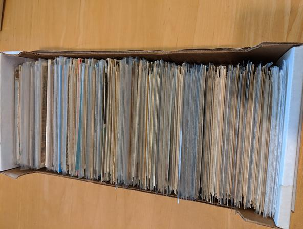 Large Lot of 800 Foreign Vintage Postcards International Non-US