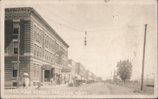 Main Street Forsyth Montana