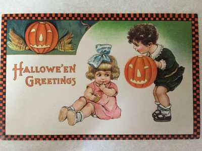 Halloween Greetings Postcard/JOLs, Boy, Girl c. 1929