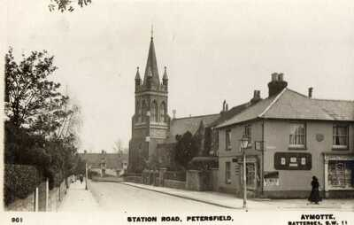 "RPPC  ""STATION ROAD PETERSFIELD"" USED 1921 + POSTAGE DUE"