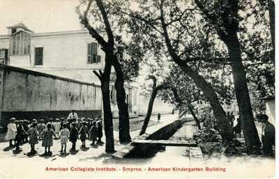 1909 SMYRNA GREECE - Children @ American Collegiate Inst. - Kindergarten Bldg.