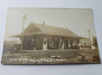 Sedro-Woolley WA GN Great Northern Railroad Depot RPPC Postcard Mount Vernon
