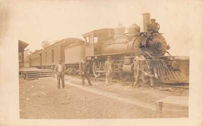FL 1915 REAL PHOTO Florida Gainesville & Gulf Railroad Locomotive Micanopy, Fla