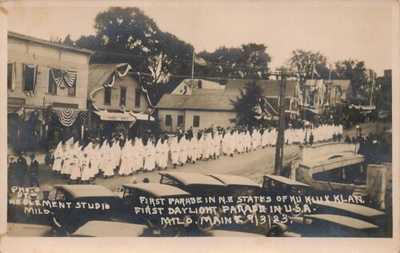 Rare Vintage RPPC 1st Outdoor Parade In USA of KKK Ku Klux Klan 1923 Milo Maine