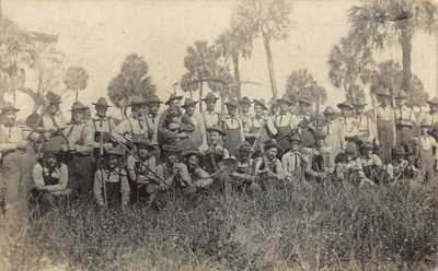FL 1909 Florida Soldiers Picks & Ax at Fort Dade, Fla Egmont Key St Petersburg