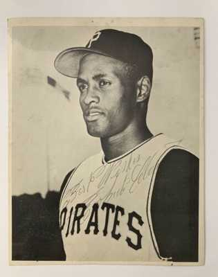 Roberto Clemente Auto Picture from early 60's