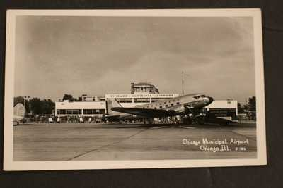 1930-1950 RPPC REAL PHOTO POSTCARD NORTHWEST PLANE CHICAGO MUNICIPAL AIRPORT EKC