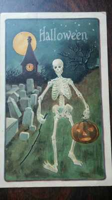VINTAGE HALLOWEEN PC JOL Moon Skeleton in graveyard Germany L&E #2229 embossed