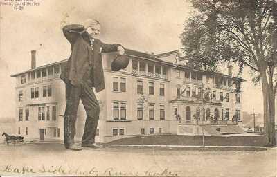 "HARRY H. WICKHAM , AKA "" MR. ROVER "" , GRAND RAPIDS , MICHIGAN 1907"
