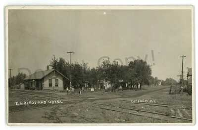 RPPC Illinois Central Railroad Station Depot GIFFORD IL Real Photo Postcard