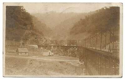 RPPC Mc Carr KY Kentucky ( Pike County ) - Train Trestle Colliers Co Store 1908