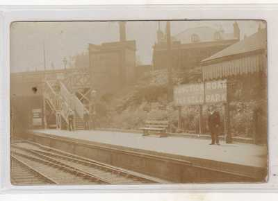 VINTAGE POSTCARD  TUFNELL  PARK STATION JUNCTION RD  LONDON   U.K 1900s