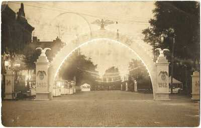 RPPC Real Photo Postcard Of  Welcome Arch when Entering Chardon,Ohio 1812-1912