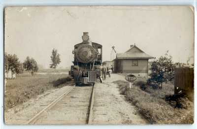 Rare railroad train depot, Beehunter, Indiana; photo postcard RPPC Greene County