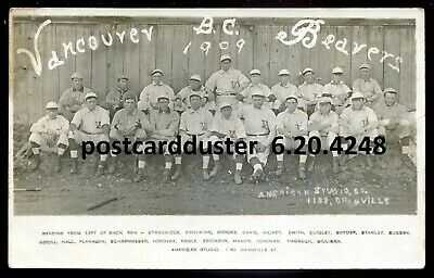 4248 - VANCOUVER BC 1909 Beavers Baseball Team. Sport. Real Photo Postcard